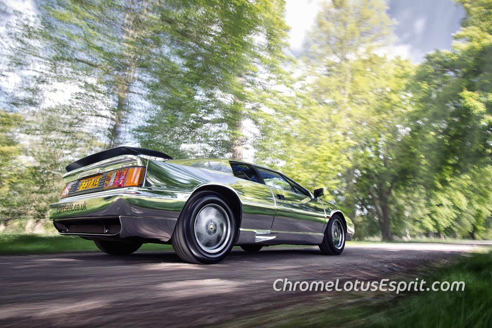 Chrome-Lotus-Esprit-for-sale-01