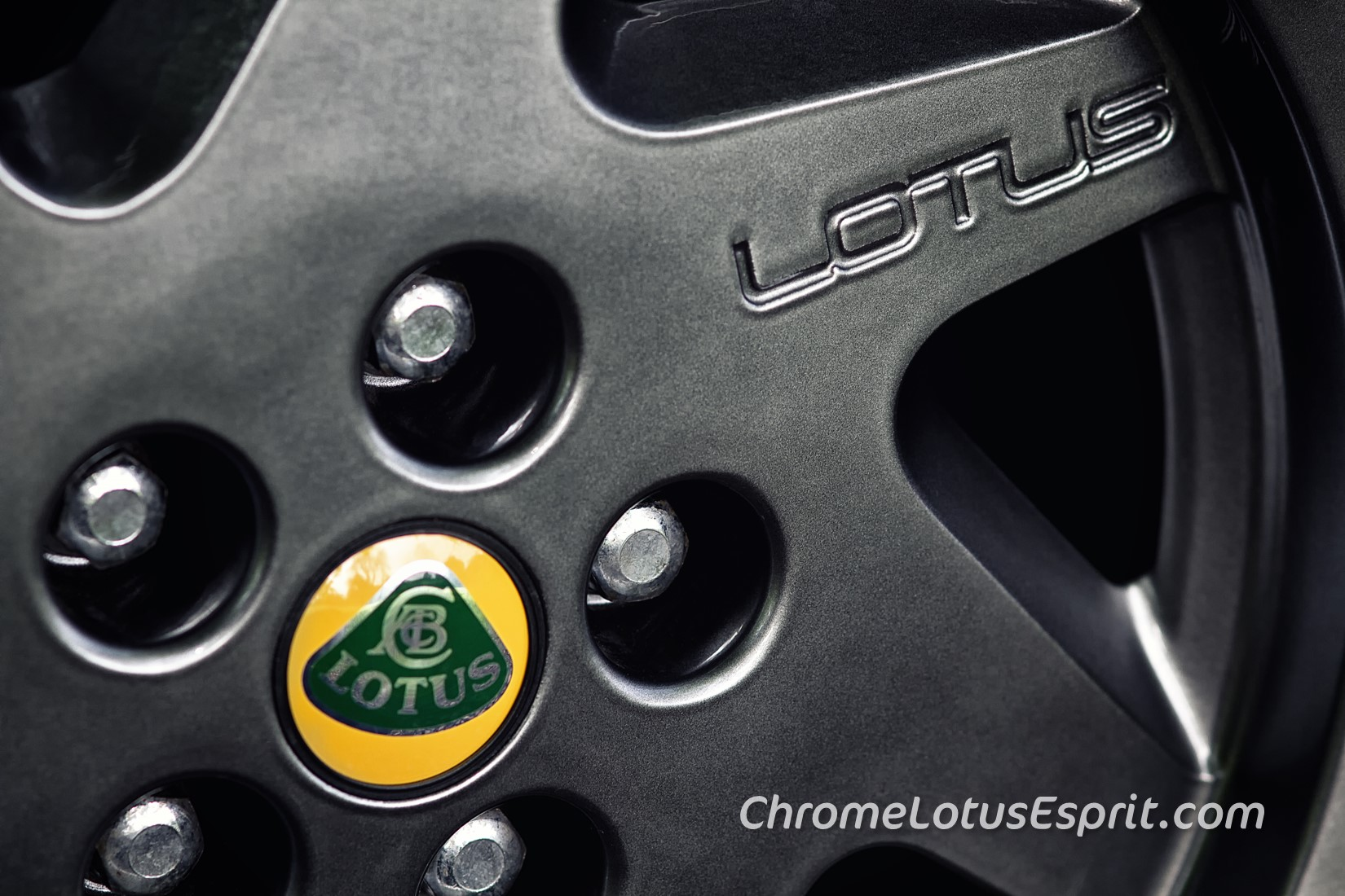 Chrome-Lotus-Esprit-for-sale-11